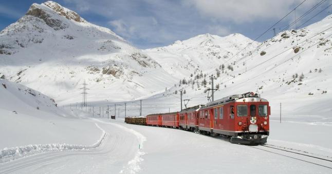 train g9910bcf44 1920