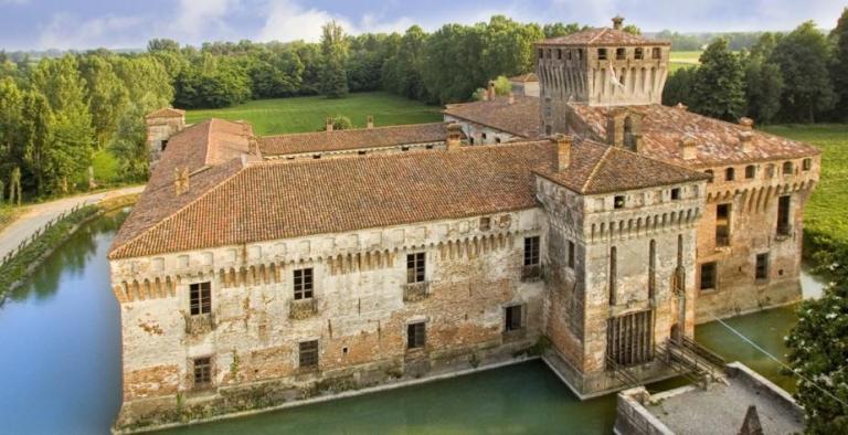 Cremona e il Castello di Padernello