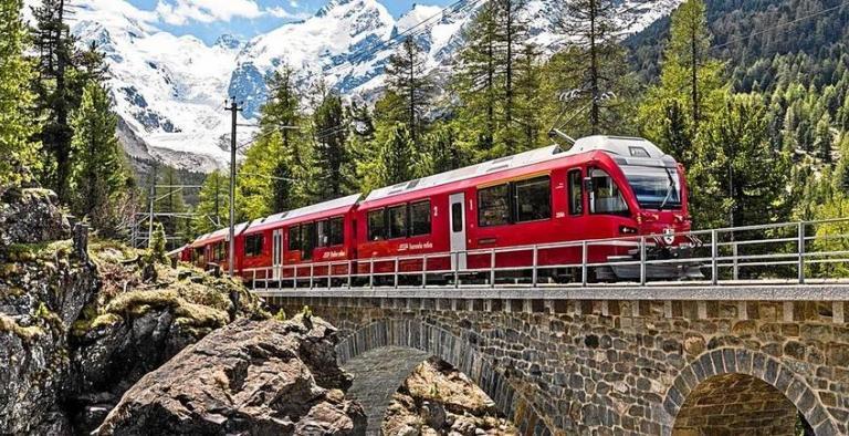 """""""Il Bernina"""": il treno delle meraviglie"""