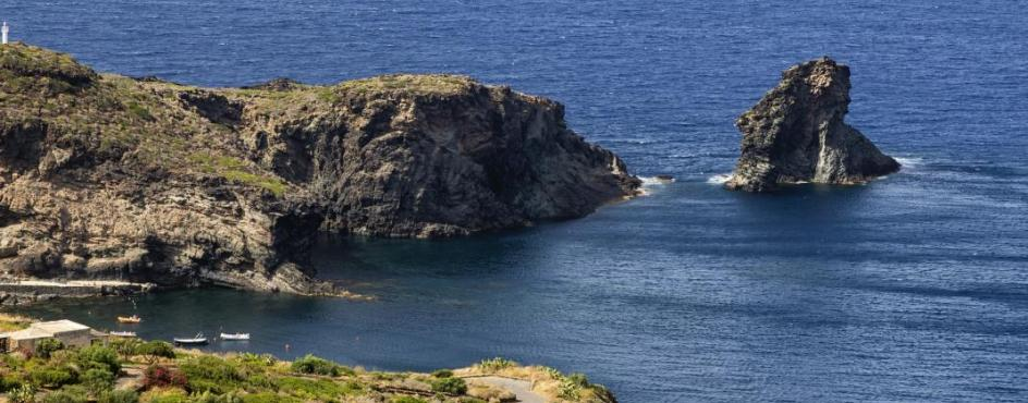 Pantelleria. In viaggio con Orietta Nicolini